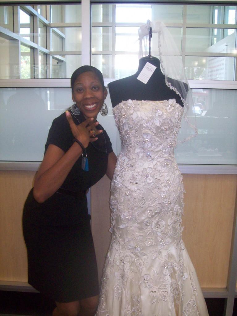 Orange county brides enjoy blingin 39 summer soiree fully for Mon amie wedding dresses