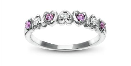 heart diamond ladies band with pink sapphires Valentines Day Engagement Plans? Turn to Robbins Brothers