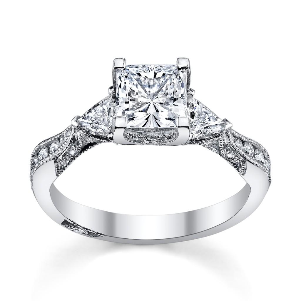 6 Princess Cut Engagement Rings Sheu0026#39;ll Love - Robbins Brothers Blog
